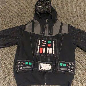 Boys darth Vader Star Wars hoodie size large 10/12